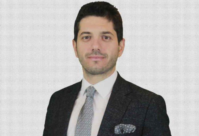 Yelkenbiçer Grup Genel Müdür Yardımcısı mentor Alp Avni Yelkenbiçer. görseli Mentor Haber'de.